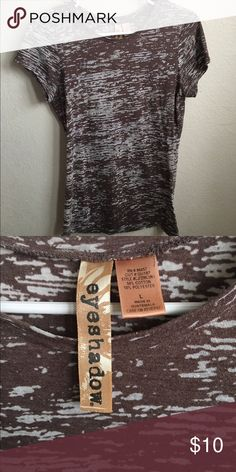 Eyeshadow t-shirt Previously loved brown t-shirt. Kinda see through. Size L Eyeshadow Tops Tees - Short Sleeve