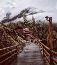 Life begins at the end of your comfort zone, Malibu, British Columbia, Canada. Belen Rodriguez, Lac Canada, The Places Youll Go, Places To Go, Beautiful World, Beautiful Places, Beautiful Scenery, Wonderful Places, Amazing Places
