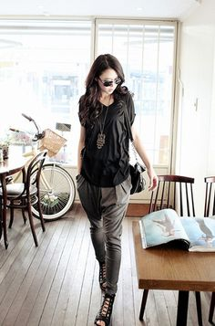 what to wear for GNO 1. try suits 2. harem pants 3. skirts with volume 4. baggy jeans