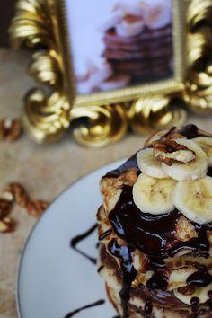 Pancake with chocolate & banana