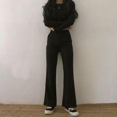 Korean Girl Fashion, Korean Street Fashion, Asian Fashion, Korean Fashion Trends, Womens Fashion, Edgy Outfits, Summer Fashion Outfits, Korean Outfits, Cool Outfits
