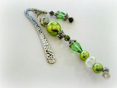 Your place to buy and sell all things handmade Wire Bookmarks, Book Marks, Beaded Bracelets, Beads, Crystals, Trending Outfits, Unique Jewelry, Handmade Gifts, Green