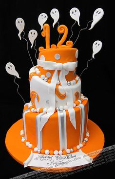 Halloween topsy turvy birthday cake or UT fan cake. Cake pretty colors on this wedding cake Crazy Cakes, Fancy Cakes, Cute Cakes, Yummy Cakes, Dessert Halloween, Halloween Cakes, Halloween Birthday, Happy Halloween, 31 Birthday