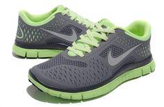 Nike Free 4.0 V2 Femme 007 [NIKEFREE 053] - €61.99 Nike Shoes, Sneakers Nike, Nike Free Runs, Shoe Game, Fashion Design, Fashion Tips, Fashion Trends, Neon Green, Vans