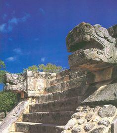 Lamanai: navegando el New River hasta las ruinas mayas en la selva.