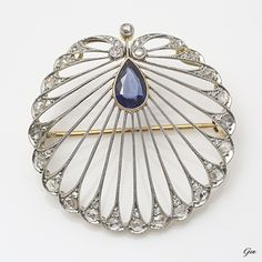 Edwardian Openwork Sapphire Brooch, England, ca. 1905-1920, Sapphire, Rose Cut Diamonds, platinum, gold, 3.5 cm