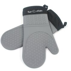 Grey Silicone Oven Mitts 1 Pair of Extra Long Professional Heat Resistant Potholder Gloves Oven Mitt Set of 2 ** Learn more by visiting the image link. (This is an affiliate link) Black And Decker Toaster, Best Oven, Thing 1, Oven Glove, Best Black, Fun To Be One, Safe Food, Mittens, Pot Holders