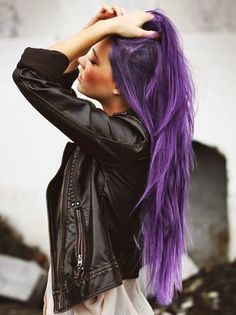 Not gonna lie... we totally love lavender hair!!!
