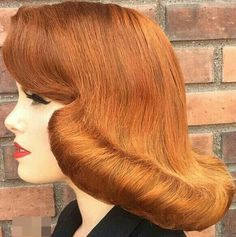 Easy Pin Curl Set for Retro Waves - Popular Vintage 1970s Hairstyles, Everyday Hairstyles, Vintage Hairstyles, Feathered Hairstyles, Curled Hairstyles, Straight Hairstyles, Medium Hair Styles, Long Hair Styles, 1960s Hair