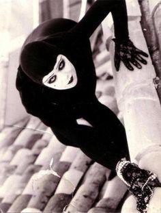 French silent film actress Musidora as thief Irma vep. You just got to love dangerous women like her! French silent film actress Musidora as thief Irma vep. You just got to love dangerous women like her! Silent Film Stars, Movie Stars, Vampires, Mary Ellen Mark, Karl Blossfeldt, I Love Cinema, Foto Art, Cultura Pop, Classic Films