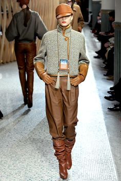 Hermès | Fall 2011 Ready-to-Wear Collection | Style.com