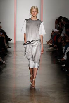 Parsons The New School for Design Spring 2014 Ready-to-Wear Collection Slideshow on Style.com
