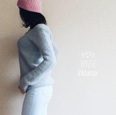 """23 отметок «Нравится», 1 комментариев — СВИТЕР ДЖЕМПЕР КАРДИГАН (@house_knitwear) в Instagram: «#house_knitwear_вналичии Джемпер """"  Альпаковый """"  Цвет: бледно - голубой  Состав: альпака 77%, шёлк…»"""