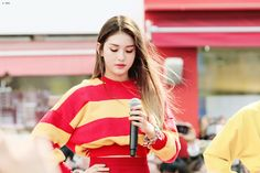 Your source everything Jeon Somi related. Here you'll find the latest update about her. Jeon Somi, K Pop, South Korean Girls, Korean Girl Groups, Alexandra Lee, Girl Bands, Korean Celebrities, Korean Singer, Dyed Hair