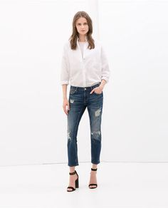 Image 1 of RELAX FIT MEDIUM-RISE JEANS from Zara