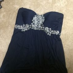 Navy blue evening dress Navy blue chiffon evening dress rhinestone on top no sleeve it's a two top very sexy one on where'd only ones for an engagement party's  size 16 wide!!!!!!!! It  could fit a 18 <<<< Xscape Dresses