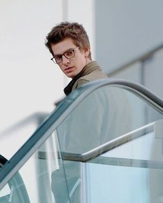 Andrew Garfield wonderful with glasses ♥