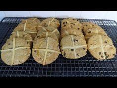 Hot Cross Biscuits Cookies Bun B, Hot Cross Buns, Biscuit Cookies, Biscuits, Spices, The Creator, Fruit, Desserts, Food