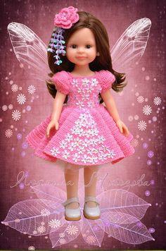 Crochet Doll Dress, Crochet Doll Clothes, Crochet Doll Pattern, Knitted Dolls, Doll Clothes Patterns, Cute Crochet, Crochet Baby, American Girl Crochet, Wellie Wishers Dolls