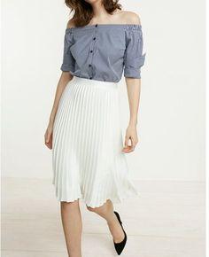efb2ddc7fdf High Waisted Satin Pleated Midi Skirt White Women s X Small