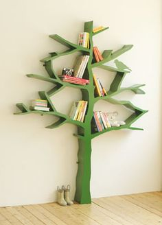 Shelf-tree for the kids room...