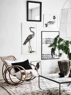Having small living room can be one of all your problem about decoration home. To solve that, you will create the illusion of a larger space and painting your small living room with bright colors c… Small Living Rooms, Home And Living, Living Room Designs, Living Room Decor, Cozy Living, Modern Living, Scandinavian Apartment, Scandinavian Home, Living Room Inspiration