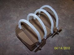 Covered Wagon Craft Some items to use for frame- straws, balsa wood,pipe cleaners. Stem Projects, Class Projects, School Projects, Pioneer Day, Pioneer Life, Pioneer Activities, Activities For Kids, Wild West Theme, Westward Expansion