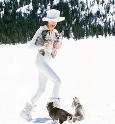 """Francy Ugolini on Instagram: """"** Teneramente insieme .. Felice weekend ! * Joli weekend ! * Happy weekend * Gutes Wochenende * Buen fin de semana * Bom fim de semana ! **"""" Happy Weekend, Winter Season, Cowboy Hats, Hipster, Seasons, Instagram, Style, Fashion, Winter Time"""