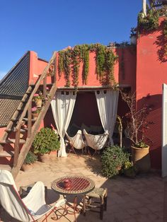 Marrakech-Travel-Guide-Travelling-Tips-babasouk-riad