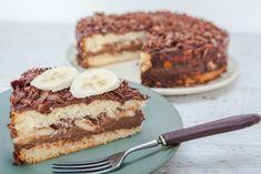 Tort cu Nutella, ciocolata si banane Nutella, Croquembouche, Tiramisu, Biscuit, Deserts, Ethnic Recipes, Food, Album Photo, Delicious Desserts