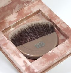 Urban Decay NAKED Illuminated Shimmering Powder for Face and Body Review, Photos, Swatches