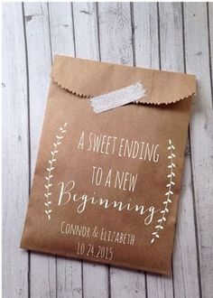 What an adorable DIY wedding favor! Ideas like this one are perfect for a charming rustic wedding!