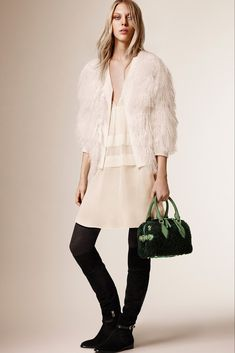 Burberry Prorsum Pre-Fall 2015 - www.so-sophisticated.com