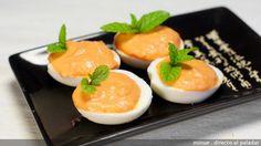 Huevos rellenos de paté de bacalao y pimientos - presentación. directoalpaladar