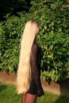 Long Blond Hair So Pretty
