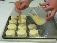 HOW TO MAKE 10 PLAIN SCONES. EASY TO FOLLOW STEP BY STEP INSTRUCTIONS. Ingredients: 500g self raising flour 50g caster sugar 110g margarine (or soft butter b...