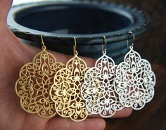 Large gold or silver filigree pendant earrings por jersey608jewelry