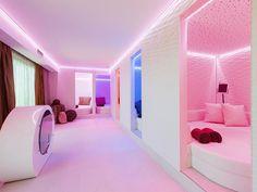 Ruheraum im Hotel Winzer Wellness & Kuscheln.   #leadingsparesorts #leadingspa #wellness #spa #beauty #wellnesshotel #wellnessurlaub #pink #ruheraum #auszeit #entspannen #gemütlich #romantisch #romantikhotel # Hotel Winzer, Das Hotel, Wellness Spa, Germany, Beauty, Pink, Relax Room, Gap Year, Cuddling