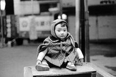 Photographer: Shigeo Gocho. 1977. Japanese baby.