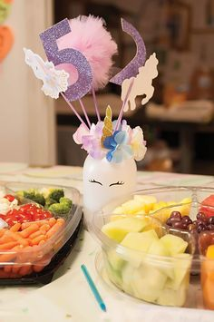 DIY Unicorn Birthday Party - This Crafty Mom Looking for super cute unicorn birthday party ideas? Check out this post full of DIY unicorn decorations, with tutorials, and free unicorn party printables! Diy Unicorn Birthday Party, Rainbow Unicorn Party, Birthday Party Decorations Diy, Unicorn Birthday Invitations, Rainbow Birthday Party, Craft Party, Diy Party, Christmas Decorations, Tangled Party