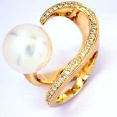 Rose Gold & Pearl Ring