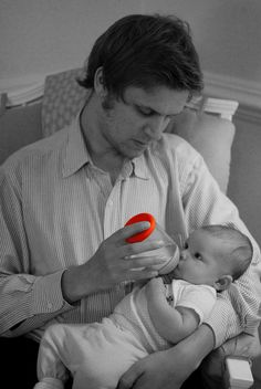 #mimijumi Dads #ROCK! #veryhungry Baby Bottle. http://mimijumi.com.au/babies-bottle-very-hungry/