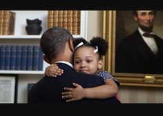 21 Pictures Of Donald Trump With Kids Vs. Barack Obama With Kids Black Presidents, Greatest Presidents, American Presidents, American History, Michelle Obama, First Black President, Mr President, Lincoln President, Current President