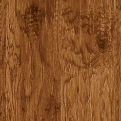 """<span style=""""FONT-SIZE: 8pt"""">Step back to a time when craftsmanship was passed down through the generations. This truly one-of-a-kind, handsome handscraped and distressed hickory will add lasting value and beauty to your home. The exquisite beveled 5""""x48"""" planks replicate the unique work of these artisans from the past. </span>"""