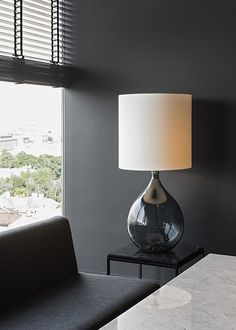 russia 2014 - azimut st. petersburg - 18th. floor - bar - sky bar - carrara marble - lounge - sofa - lamp - shutter - dark - black & white - sessel - lampe - schwarz