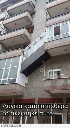 The craziest outside maisonette staircase you will ever see in a living block - Stairs, Designs Of Stairs Inside House, Home Stairs Ideas, Staircase Design Ideas, Modern And Retro Staircase Designs For Big And Small Homes Architecture Fails, Architecture Design, Funny Photos, Funny Images, Construction Fails, Smart Home Design, You Had One Job, Balcony Design, Hilarious