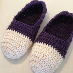 Design by Dalkær Crochet Flip Flops, Crochet Slippers, Blog Design, Diy Design, Flip Flop Slippers, Footwear, Booty, Knitting, Crafts
