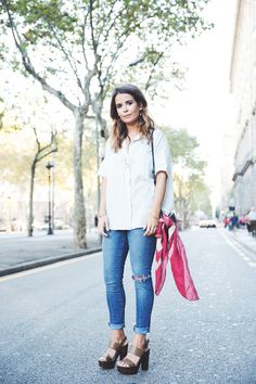 Levis_Jeans-Ripped-Customize-DIY-Striped_Shirt-Madewell-Celine-Street_Style-Outfit-22