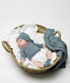 I'm definitely putting my baby in a basket someday.