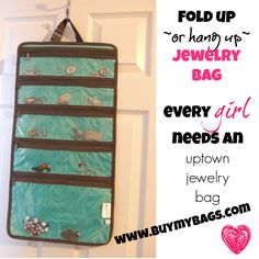 great fold up bag that you can hang up at home or on the go. Makes for an awesome travel buddy! The Thirty-One uptown jewelry bag has something for everyone!  #travel #jewelry #bathroom #bedroom #bathroomorganization #bedroomorganization